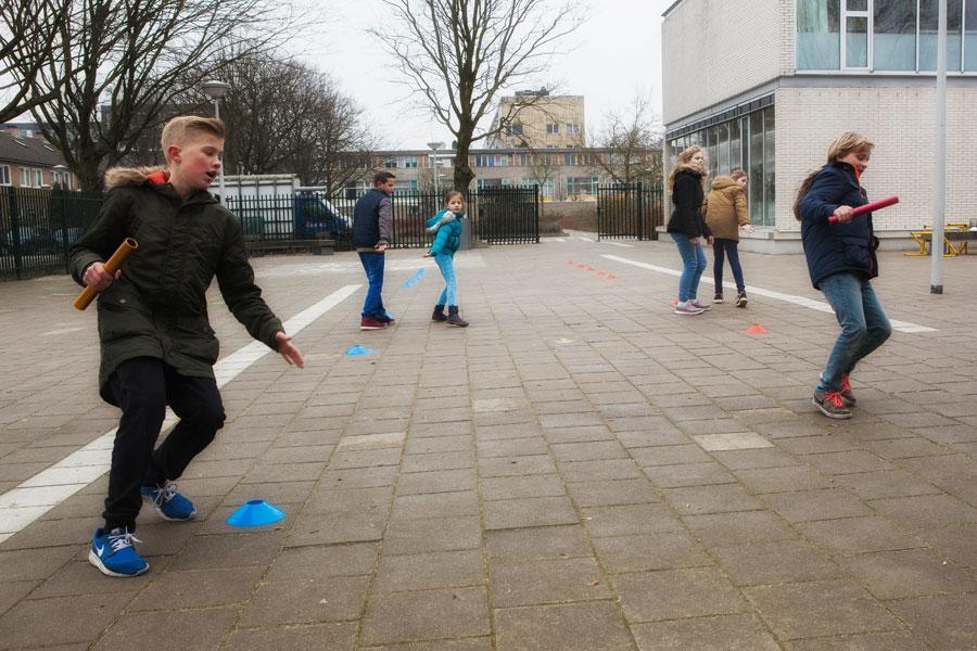Iedereen op het schoolplein in beweging  met het themapakket atletiek!